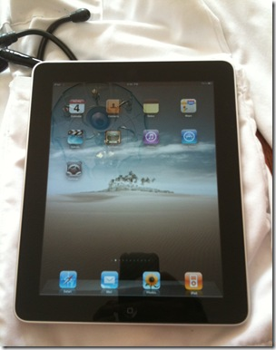 Post image for iPad hands on review: Fits in your white coat and is fast enough for Medical point of care use [Healthcare Perspective]
