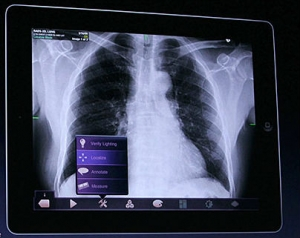 Post image for Yale medical school switching to iPad curriculum, Harvard medical school creating custom apps