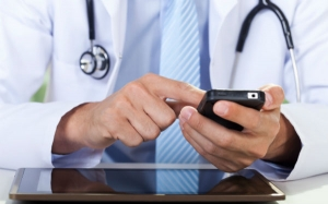 Post image for Johns Hopkins School of Medicine students invent app that checks your symptoms
