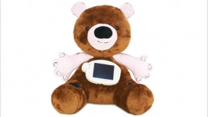 Post image for Tech Startup Creates a Teddy Bear to Educate Children with Type 1 Diabetes About Their Disease